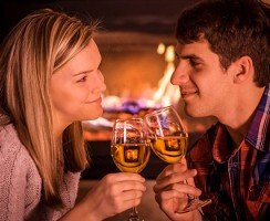 5 Major Reasons Why Online Dating Is Keeping Romance Alive In The UK
